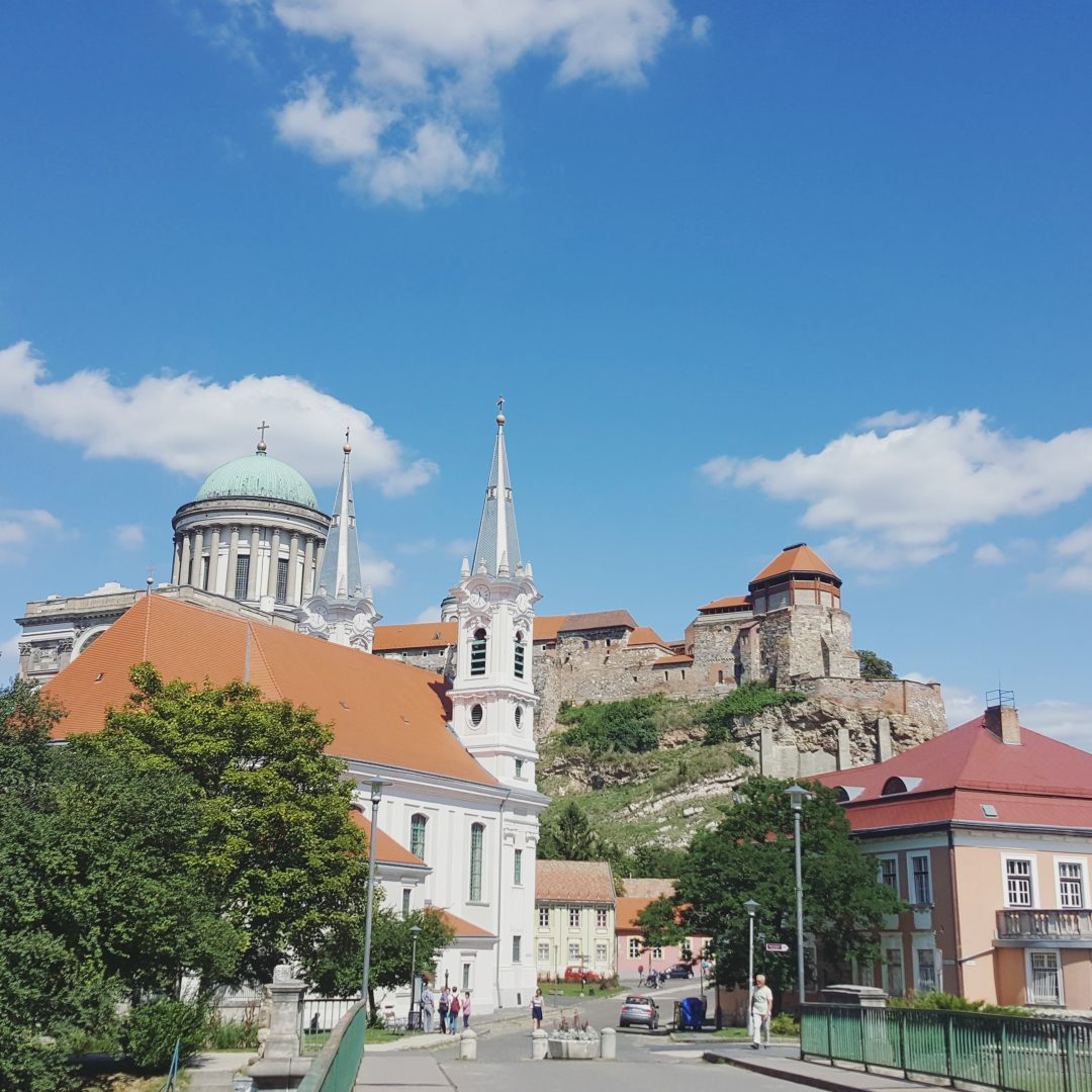 You can easily visit Esztergom from Budapest! Wanna know more? Take a look at todoinbudapest.com.
