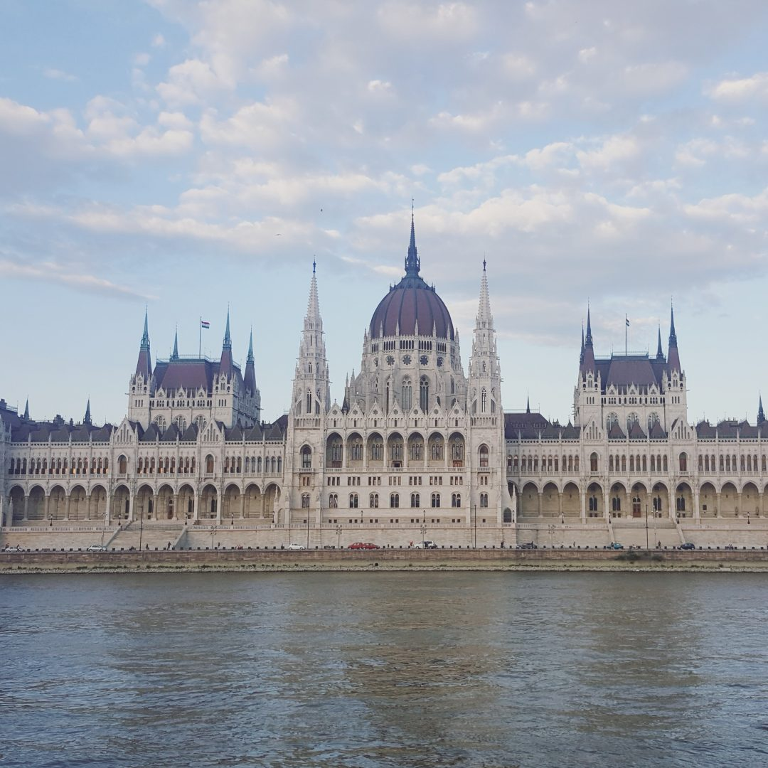 25 fun facts about Budapest and Hungary! Like how Budapest wasn't even the first capital of the country... More on todoinbudapest.com